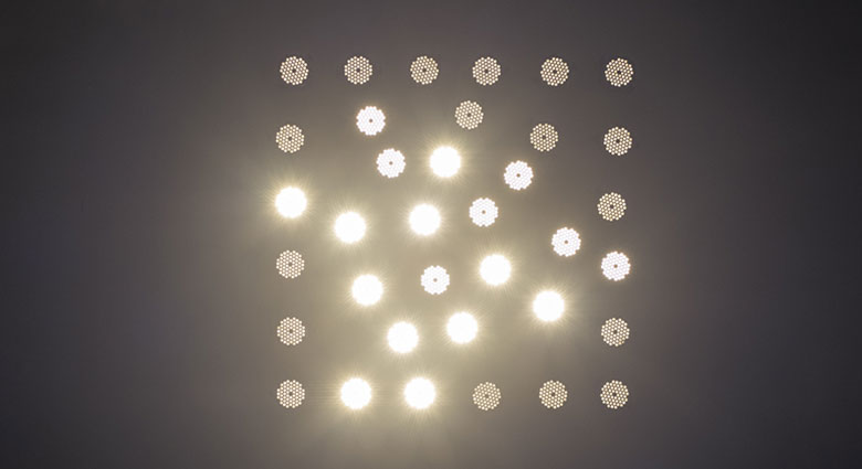 Maria-Hassabi-staging-lightingWall-01